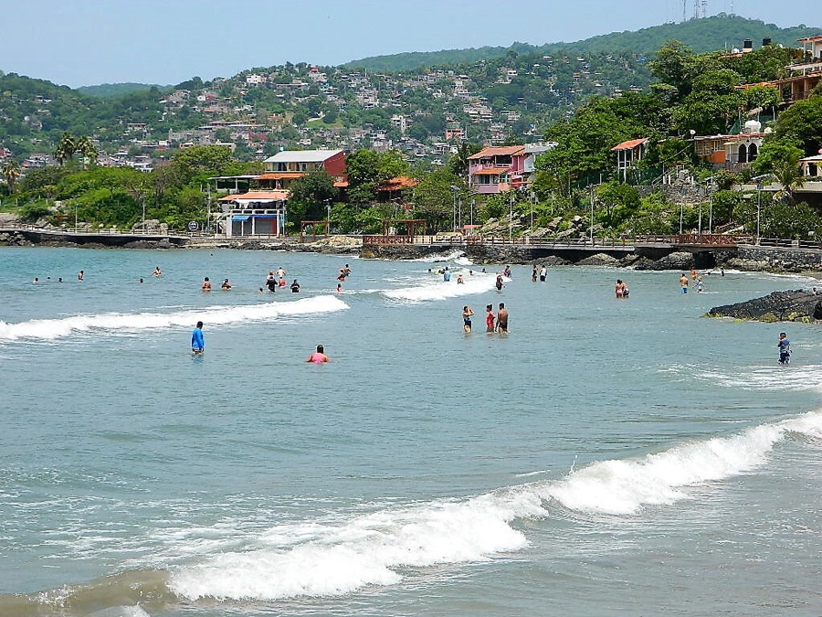 Photo of Playas de Ixtapa – Zihuatanejo sí son aptas para uso recreativo: Semarnat