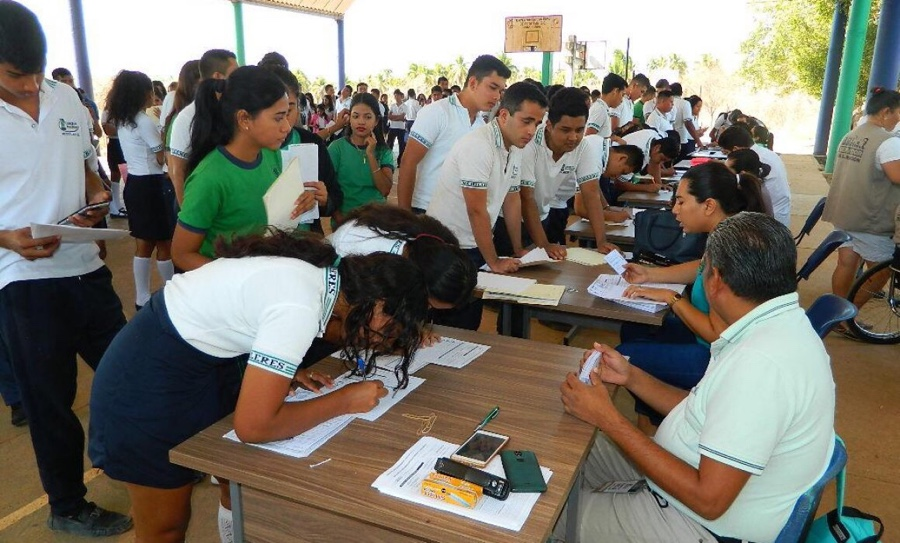 Photo of En redes sociales mal informan a beneficiados por becas