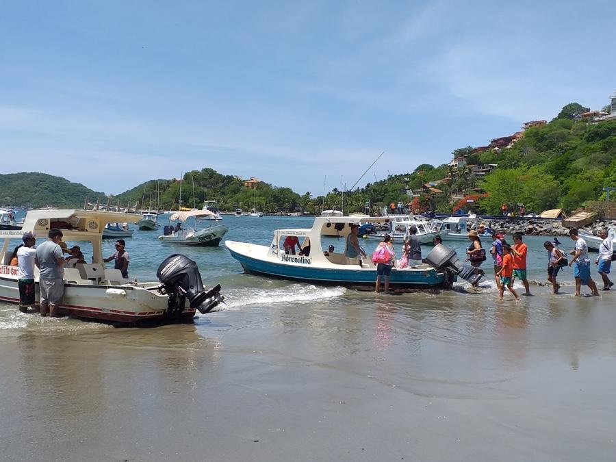 Photo of Hasta 4 mil personas se embarcan a la Isla de Ixtapa y Las Gatas en fines de semana