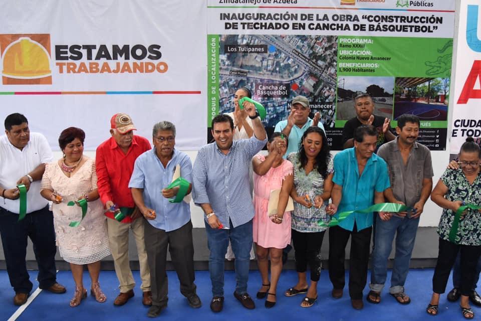Photo of Presidente Jorge Sánchez Allec y cabildo entregan canchas techadas en colonias El Limón y Nuevo Amanecer.